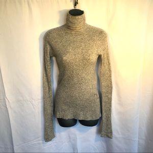 Zara light weight turtleneck sweater size large